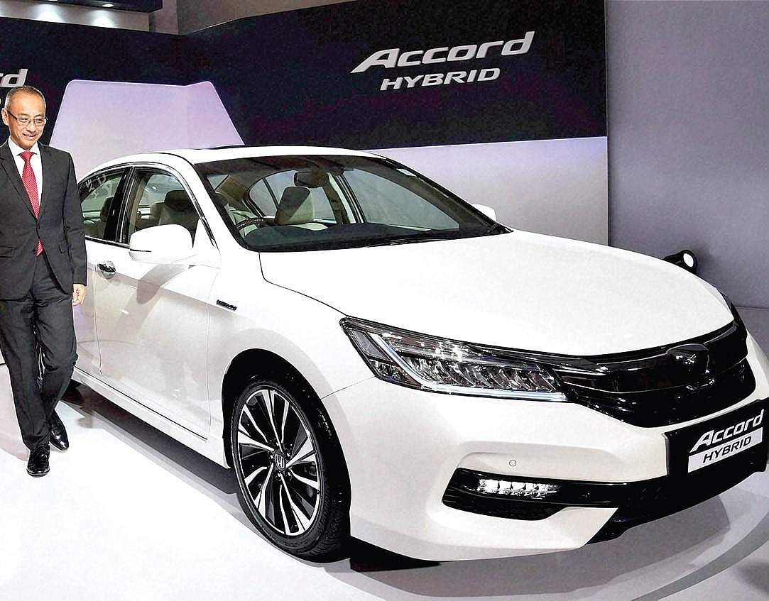 honda accord hybrid enters india at rs 37 lakh the new indian express. Black Bedroom Furniture Sets. Home Design Ideas