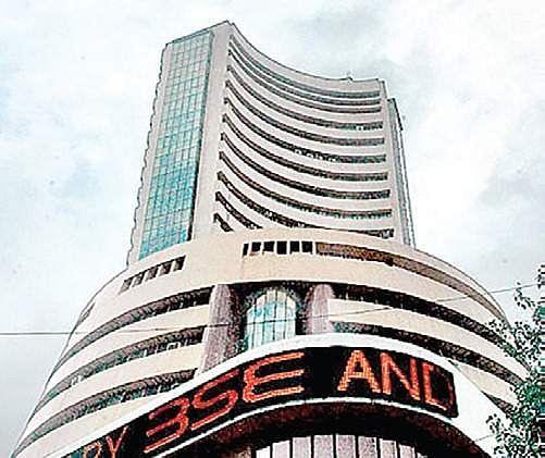 Sensex plummets 288 pts on US poll fears