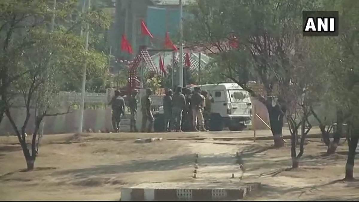 Terrorists attack BSF camp near Srinagar worldwide  airport, injure 2 jawans
