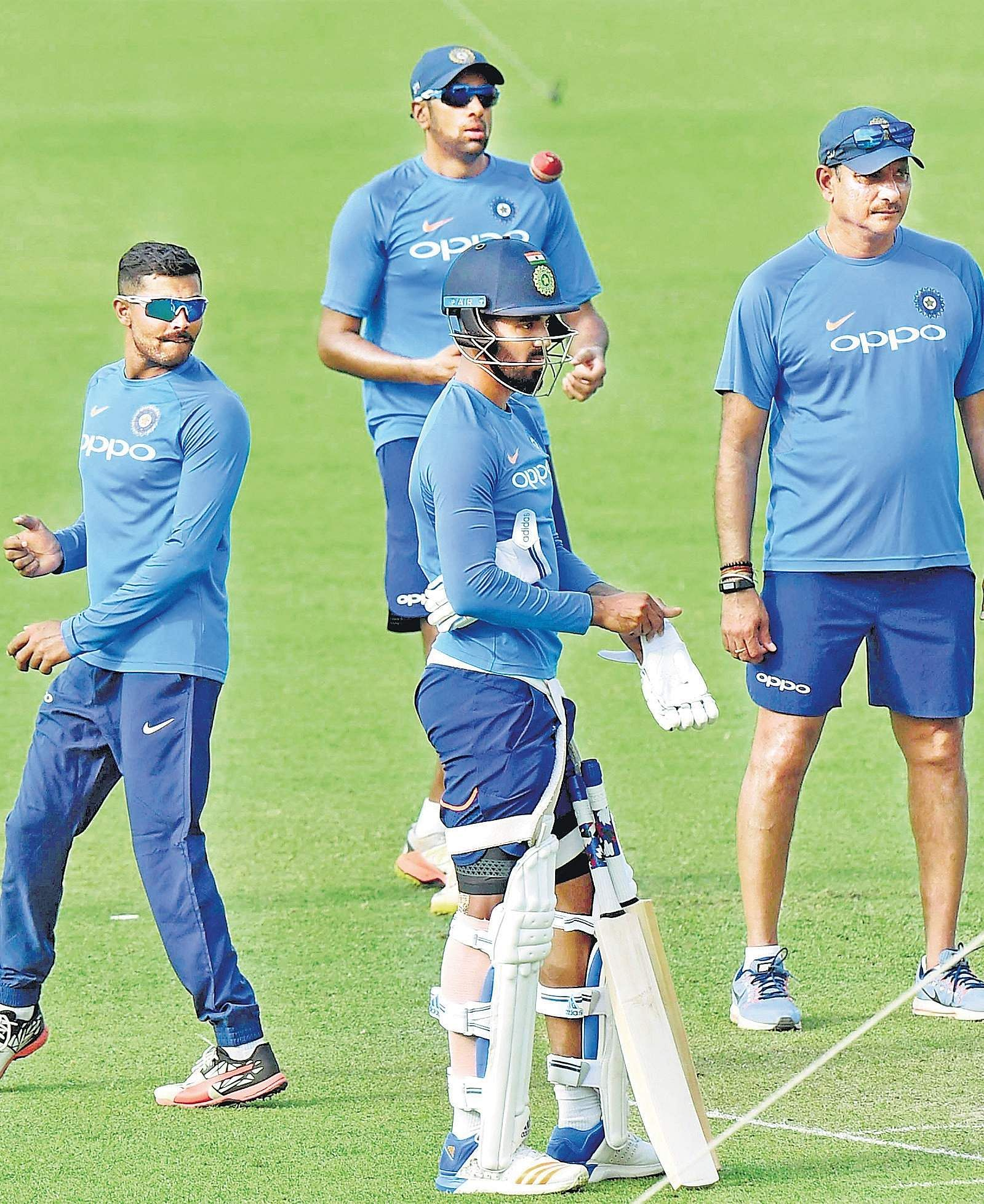 Sri Lanka resume search for first Test win in India