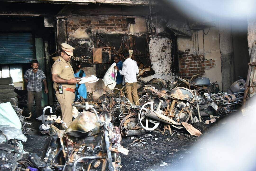 Massive fire in Chennai apartment, four charred to death