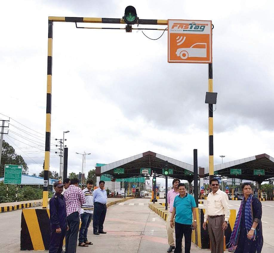 All Lanes At Toll Plazas To Have Fastag Sensors Soon The New Indian