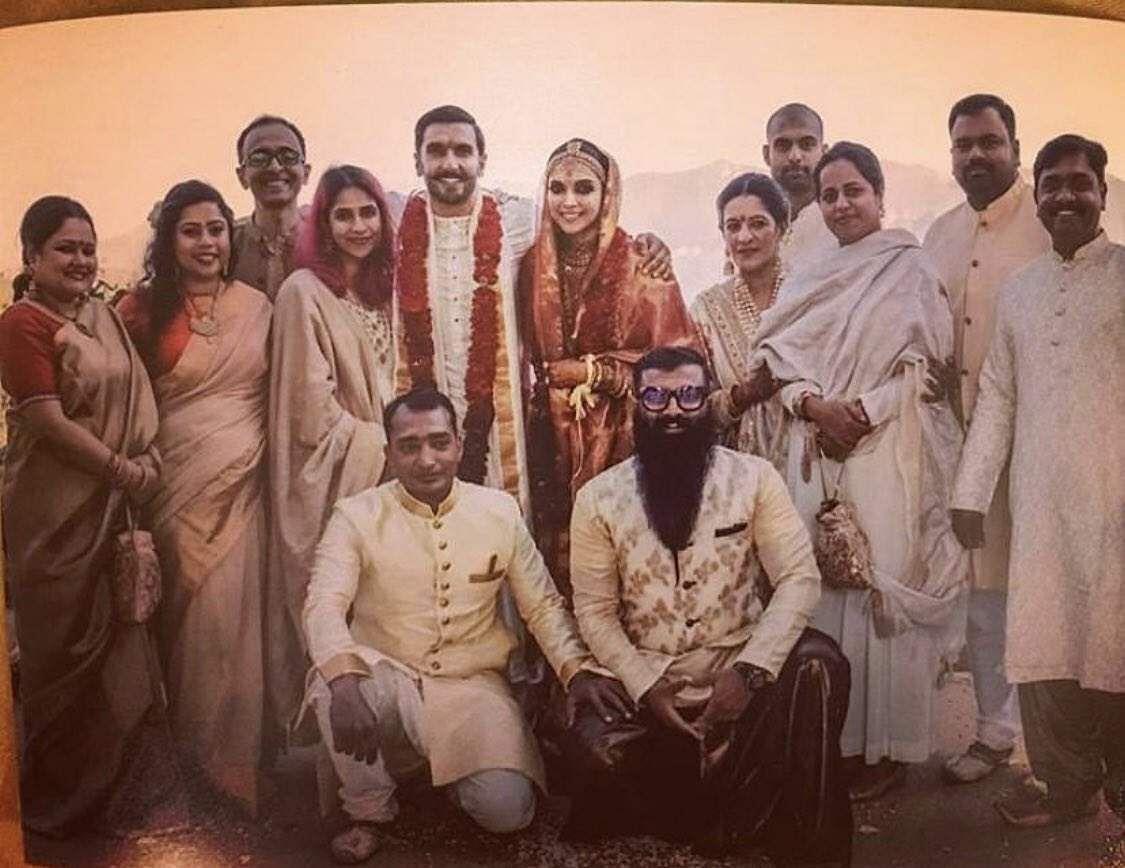 Here's a new picture of Deepika Padukone and Ranveer Singh ...