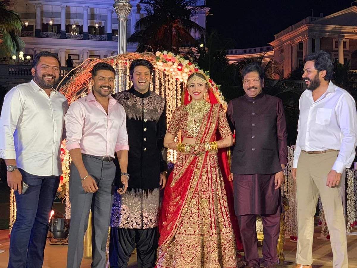 SEE PICS: Arya and Sayyeshaa get married in Hyderabad