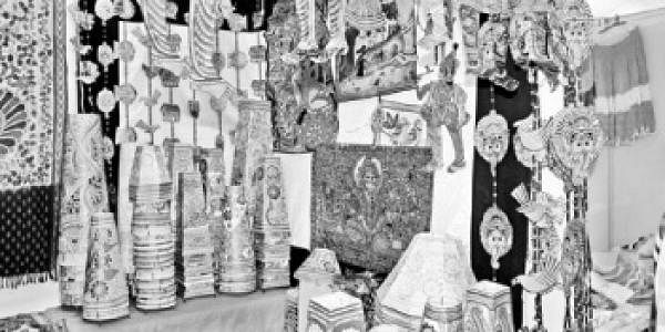 handi-crafts