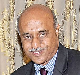Dr-Shantaram