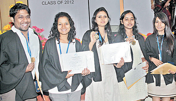gold-medals-at-the-NIFT