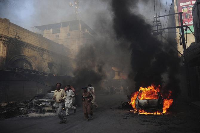karachi-violence1AP