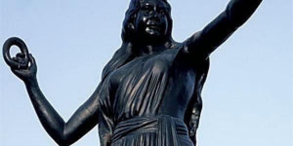 10aug_statue