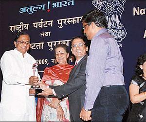 25feb_awards