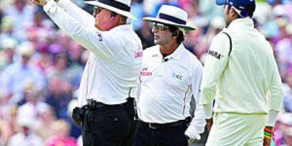 umpire_b