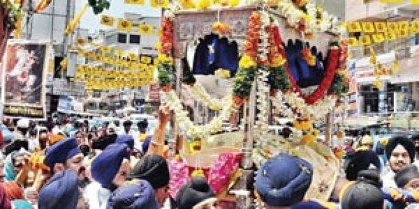 Sikh community celebrates Vaisakhi- The New Indian Express