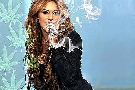 2901-MileyCirus-E-L