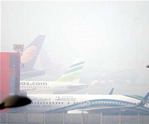 Dense fog delays flights at Delhi's IGI airport