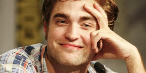 Robert-Pattinson-AP