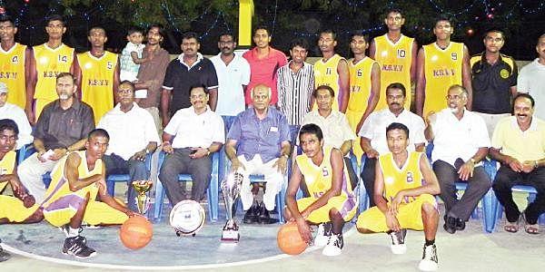 Karan-Lifts-U-17-Badminton-