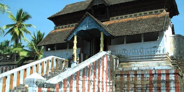 800px-Thiruvattar_Adhi_Kesava_Temple