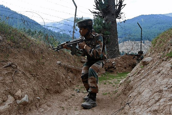 Pakistani-troops-fire-along-LOC2LL