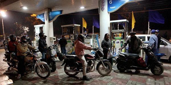 Petrol-bunk-PTI-L