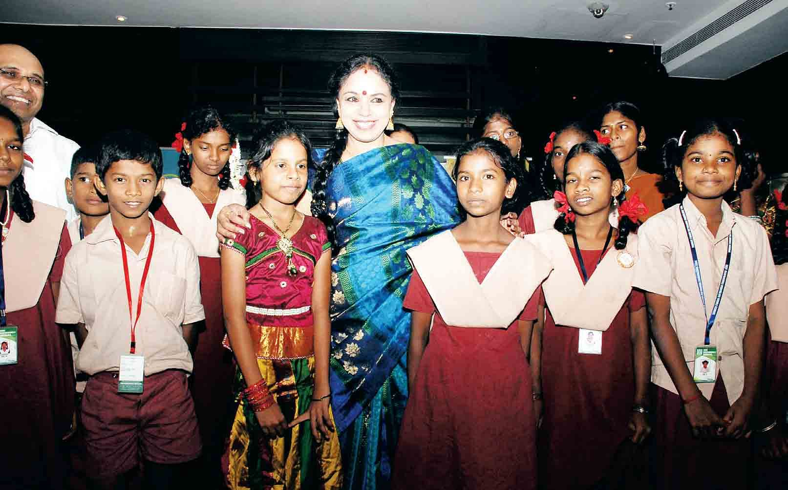 Singer-Sudha-Raghunathan