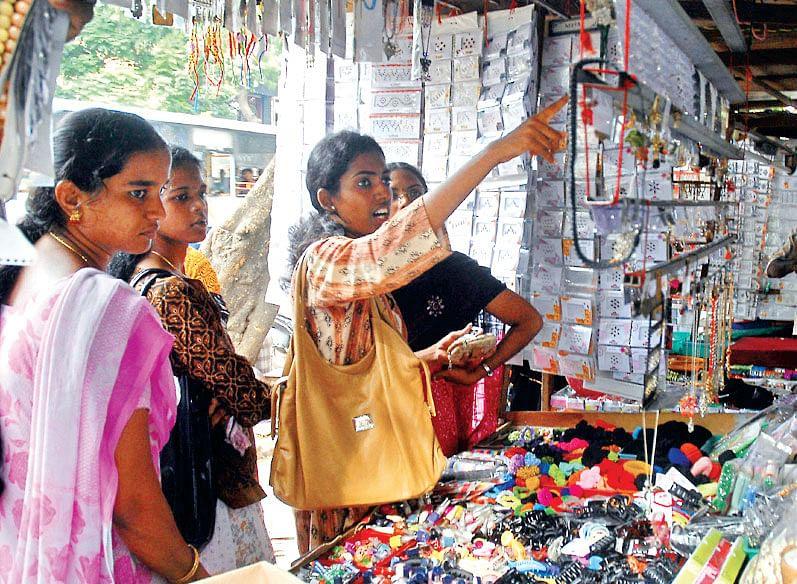 Pondy-Bazaar