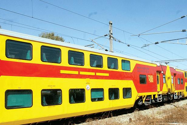 Double-Decker-AC-train