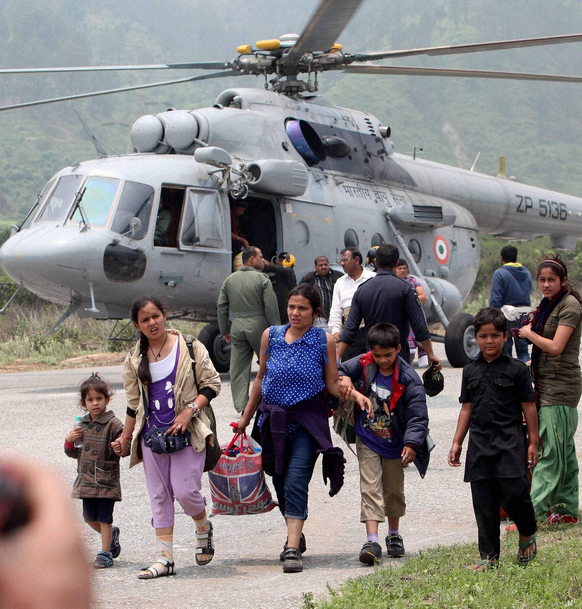 pilgrims_Uttarakhand_PTI