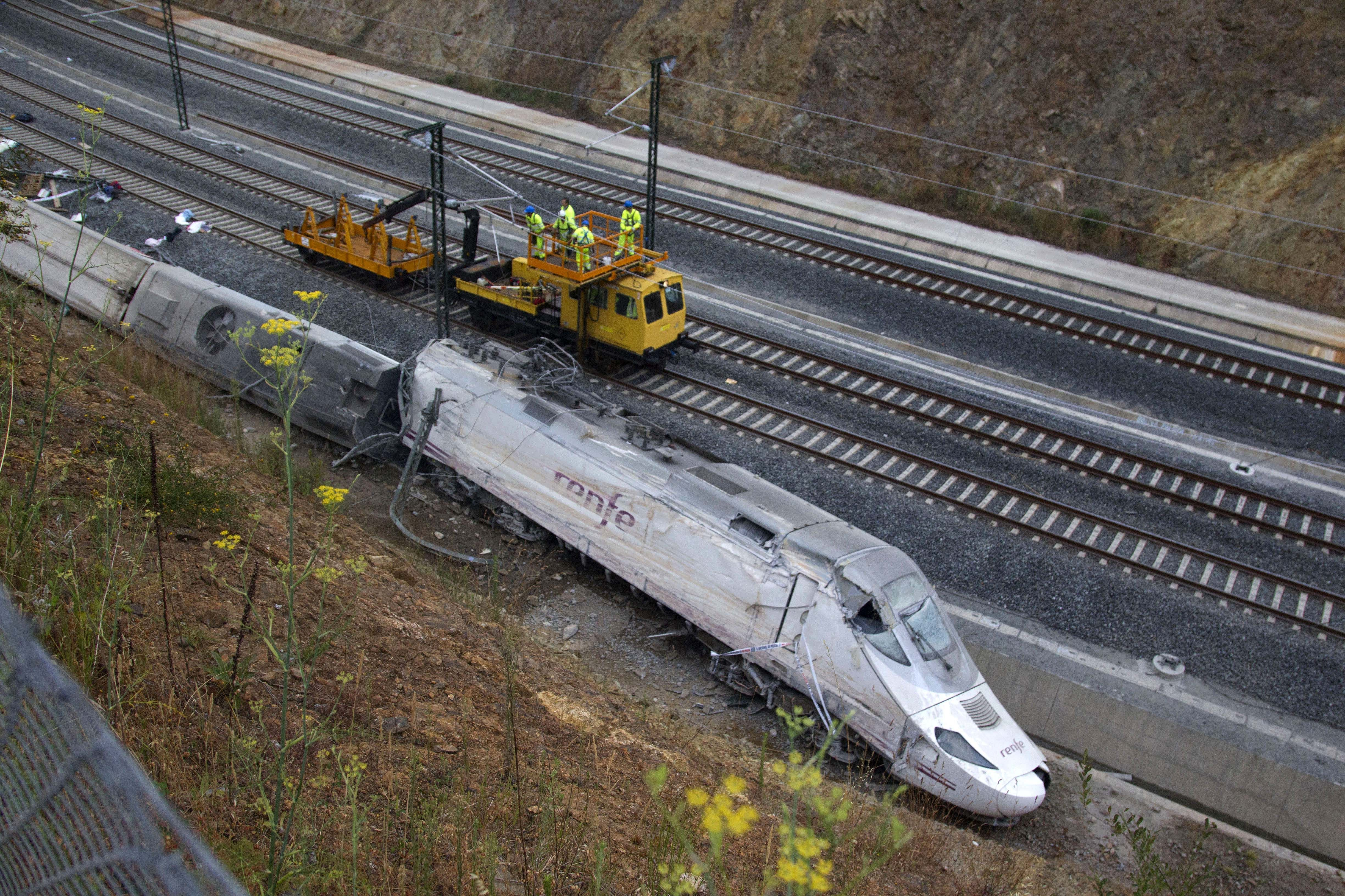 Spain Train Derailmen_Siva (2)
