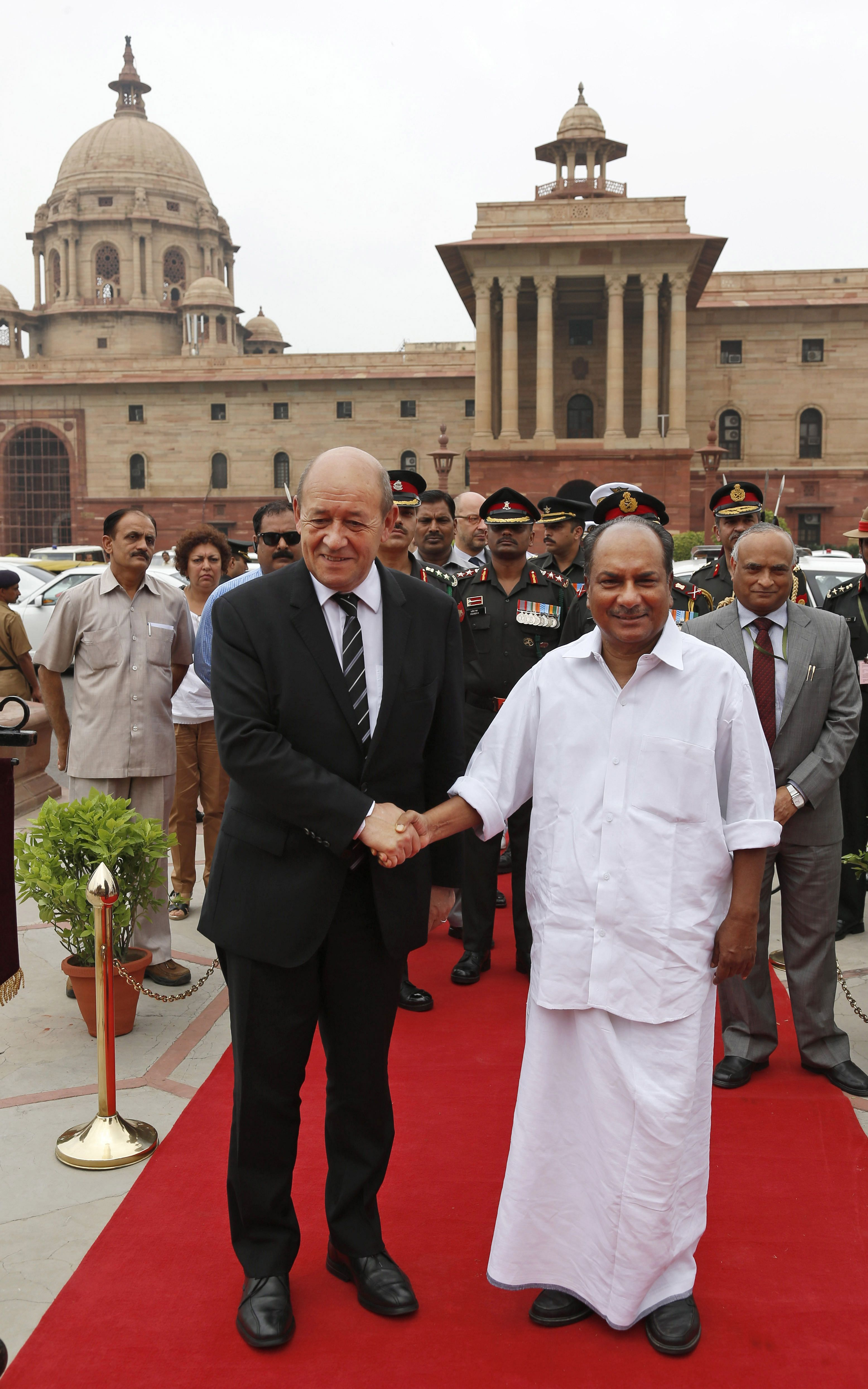 Ind_french_26July04_AP