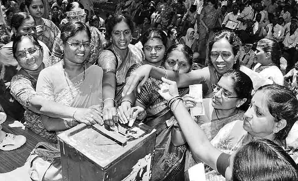 Seemandhra-women-employees