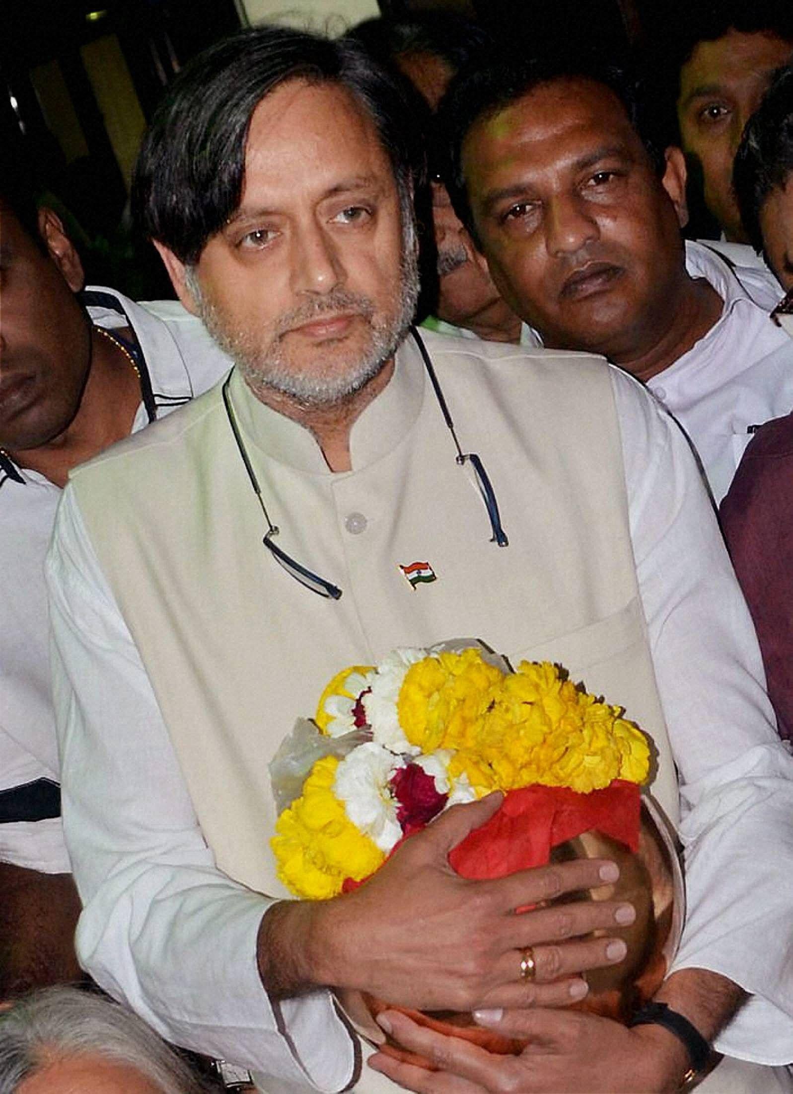 Tharoor_PTI