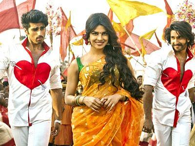 9406-Gunday-1-Movie-Wallpap