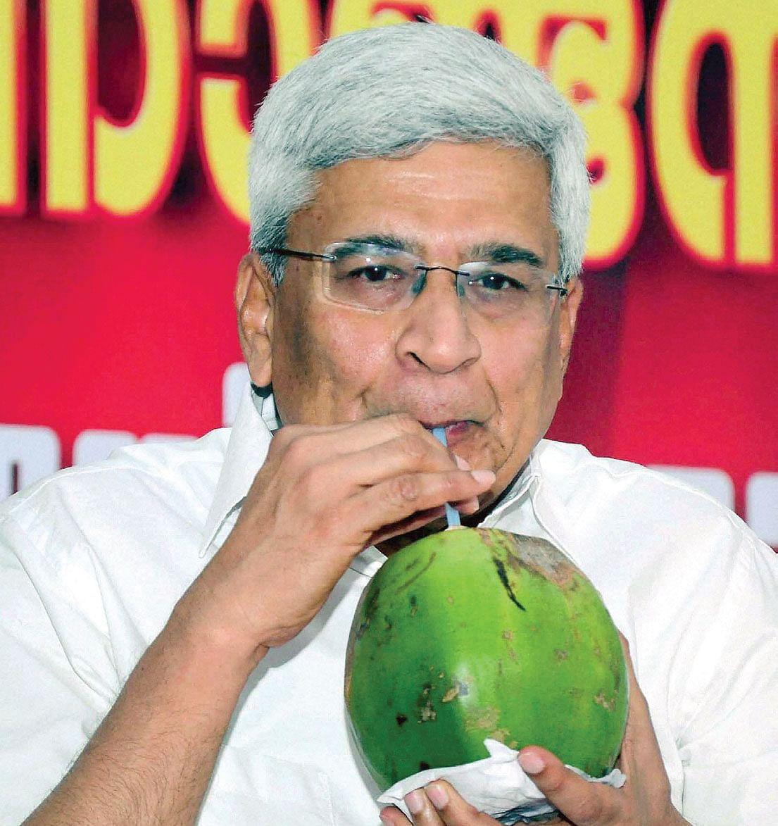 Prakash-Karat.jpg