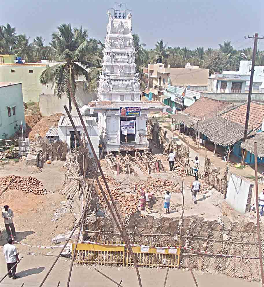 Ambur-Temple