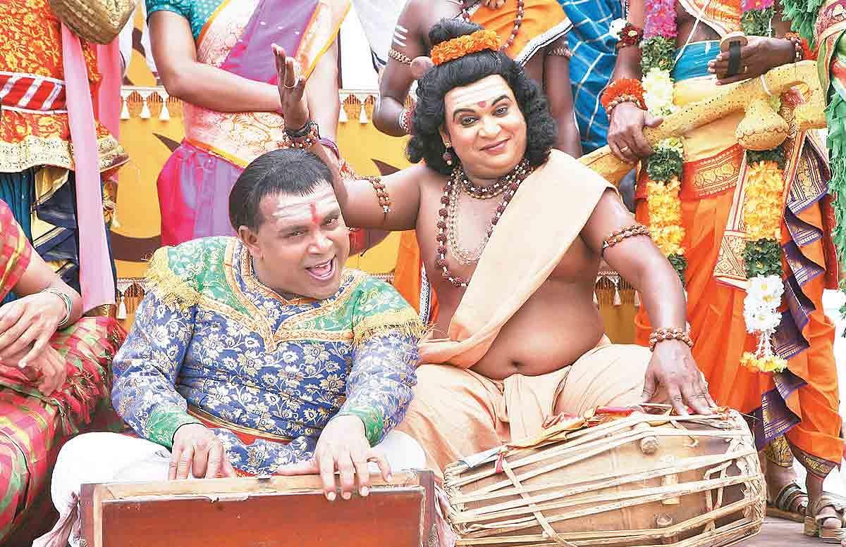 Kaaviya-Thalaivan-3.jpg