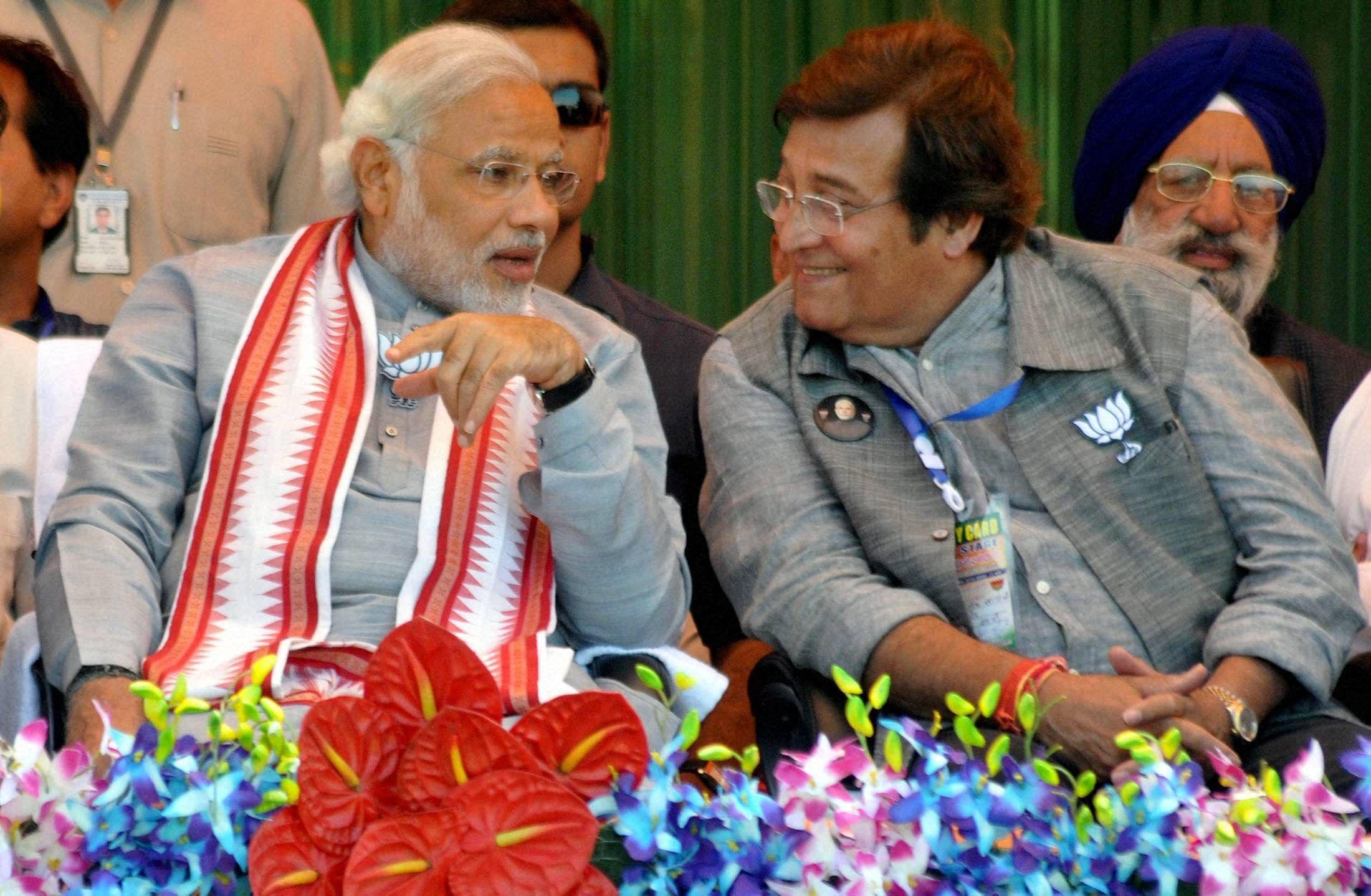 Modi_Vinod_Khanna_PTI.jpg