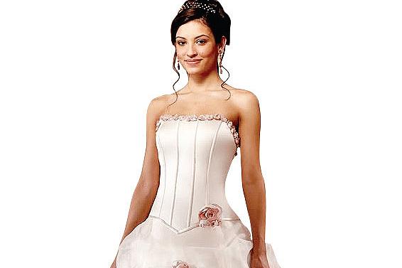 Western-wedding-gown.jpg