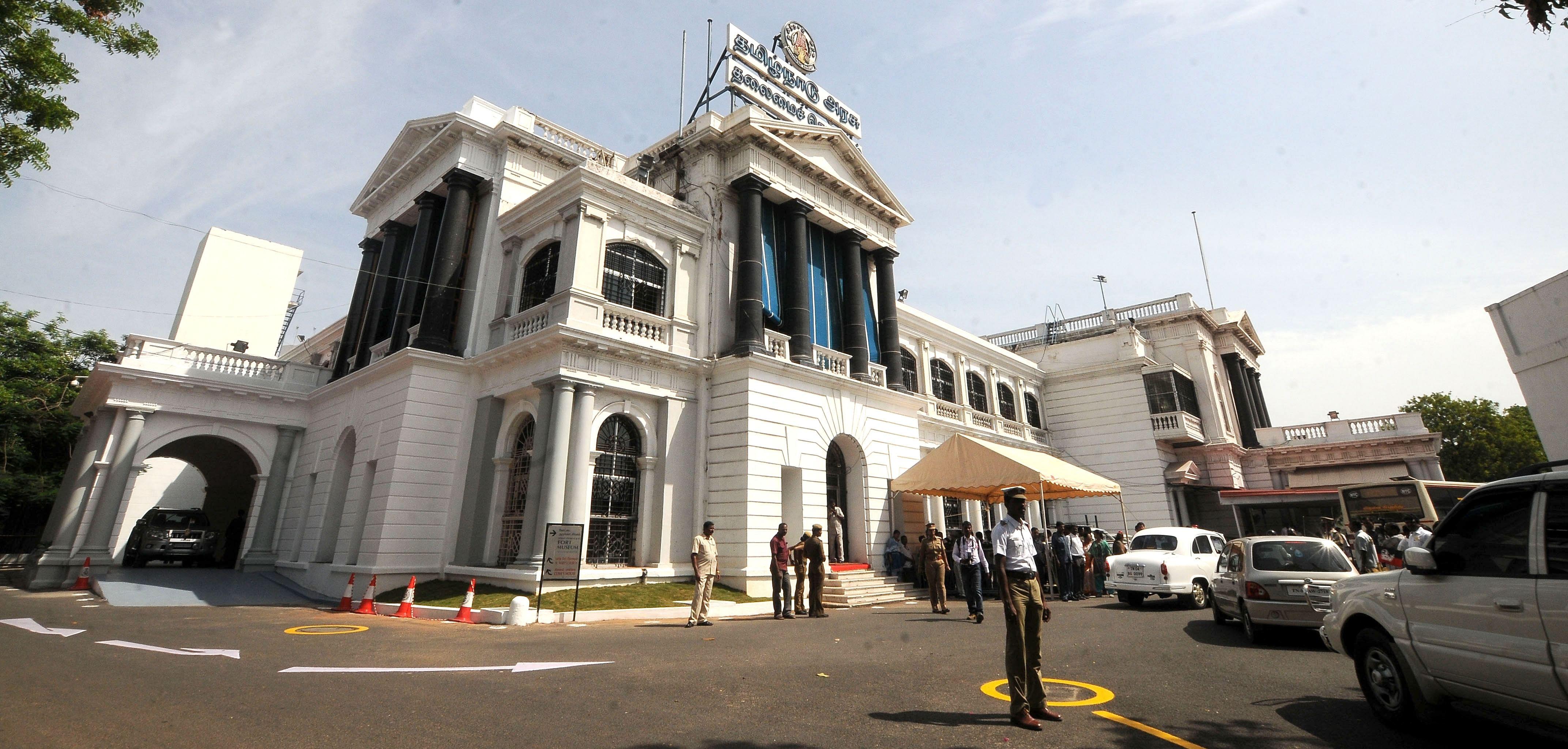 Secretariat_TN_EPS.JPG