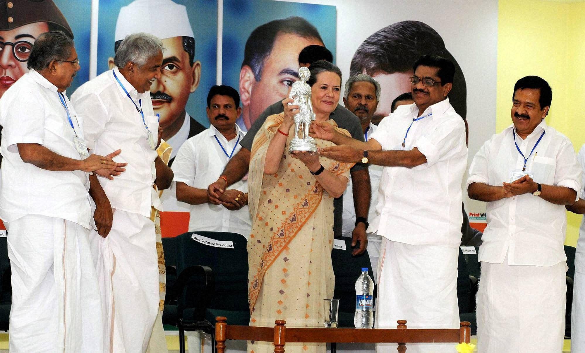 Sonia-Kerala3PTI