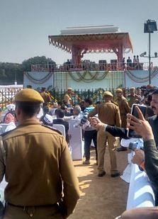 security-swearing-in-kejriwal.JPG