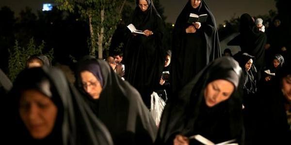 Muslim-women-AP