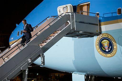 obama-air-force-one-ap