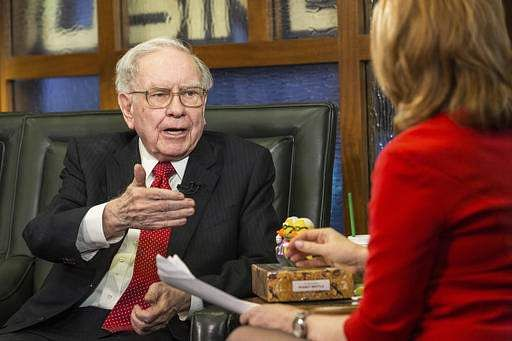 Trump was wrong about my taxes, Warren Buffett says