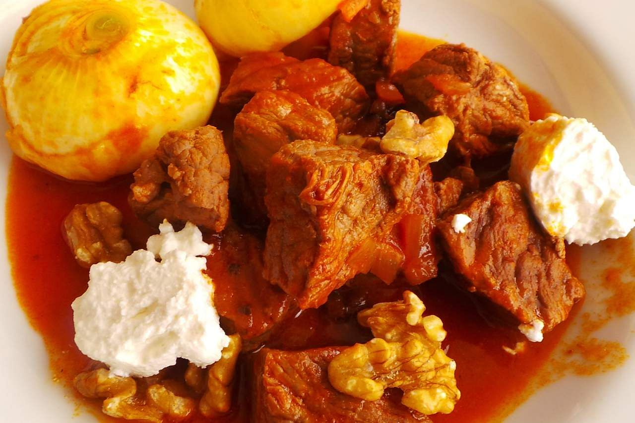 Here are some greek recipes for a special dinner at home the new 2016 10 11t124506z1mtzspdecabvvf4egrtrfipp4europe greece cuisine recipes stifado braised beef with feta cheese and onions reuters forumfinder Choice Image