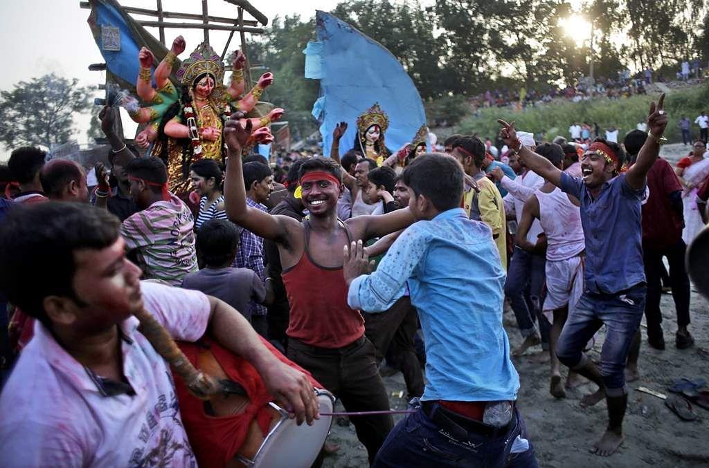 India_HIndu_Festival_Seng_(6)