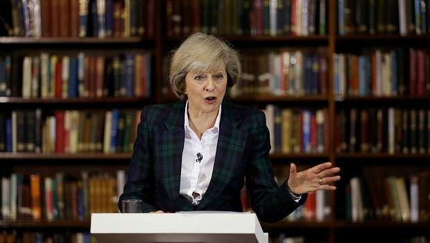 Theresa May to visit India in first trade mission since taking office