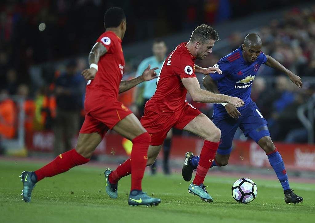 Britain_Soccer_Premie_Seng_(1)