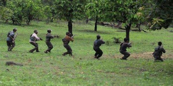 Maoists_-pti