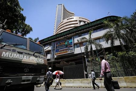 Sensex falls 49 points on hints of US rate hike, rupee plunges