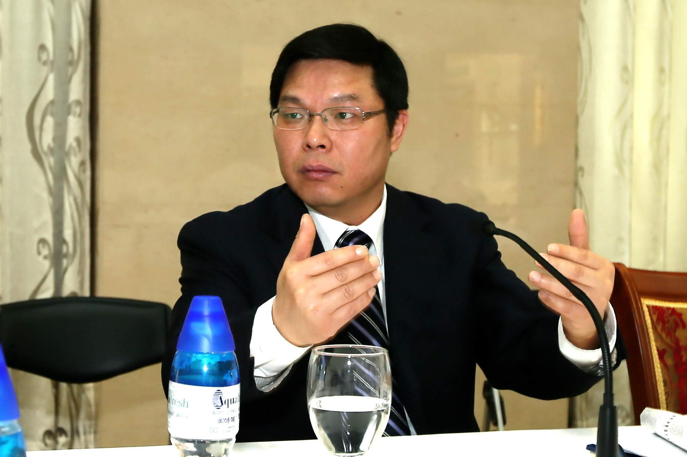 Yi_Xianliang,_Chinese_Ambassador_in_Sri_Lanka